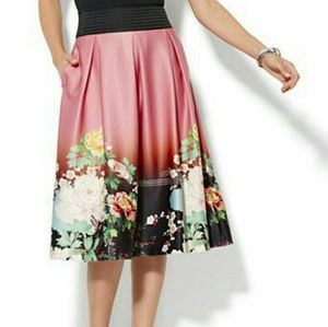 NY&Co Pleated Full Skirt, Floral, Size L